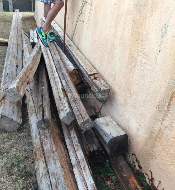 vendo vigas de madera antiguas de derribo 816673
