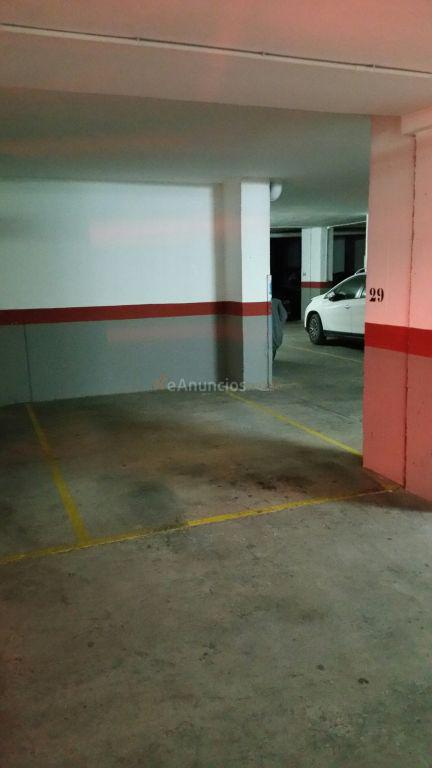 Se vende plaza de garaje y trastero zona 1529621 for Se vende plaza de parking