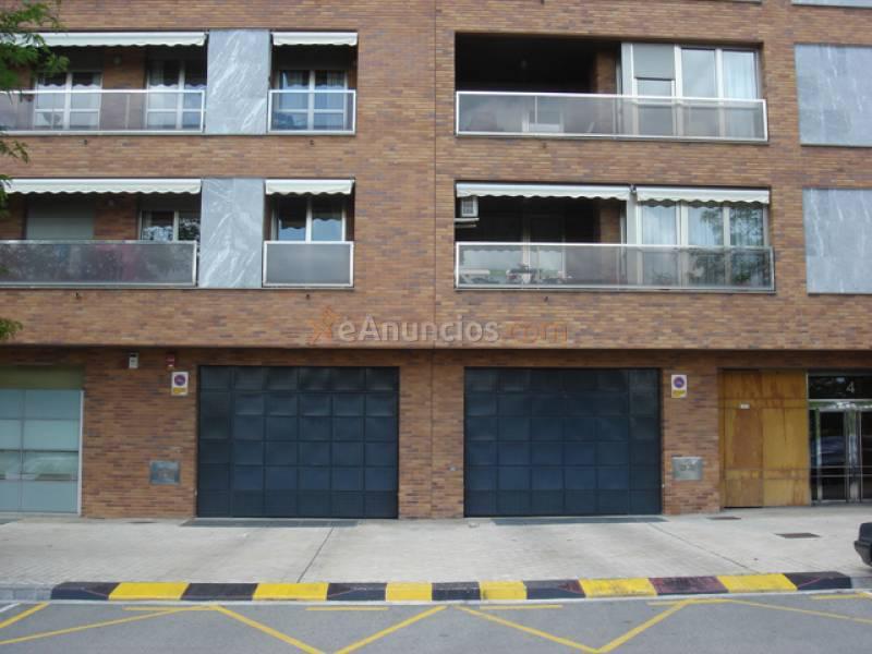 Se alquila plaza de garaje en el ensanche 1576911 for Anuncio alquiler plaza garaje