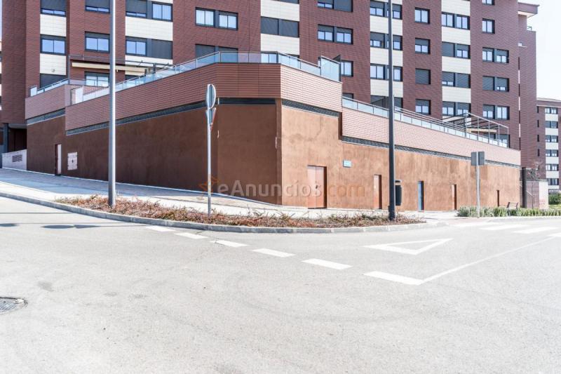 Local comercial en alquiler en calle ricardo 1641895 - Alquiler habitaciones tres cantos ...