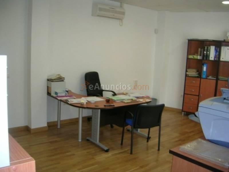 Alquiler de oficina en avenida rio segura 1801123 for Alquiler de mobiliario de oficina